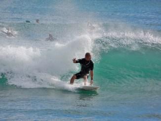 サーフィンの技