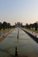 The view from the Taj to the entrance