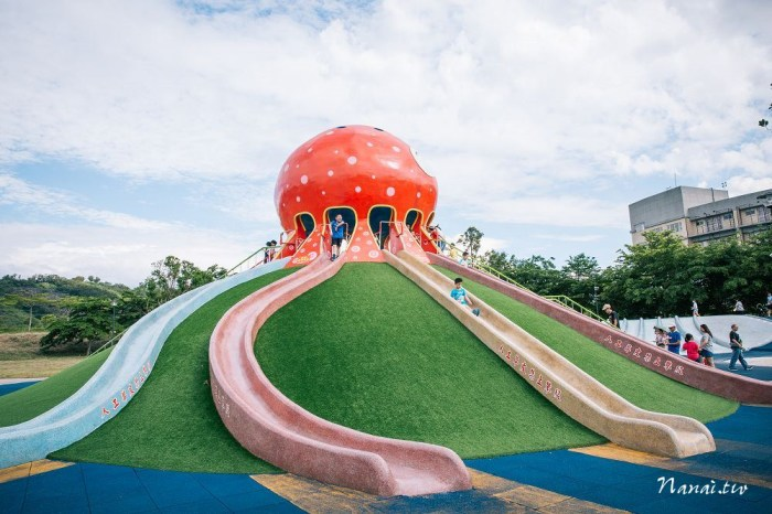 苗栗市》貓裏喵親子公園。免費兒童公園,八爪大章魚磨石子滑梯,巨大沙坑