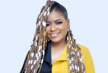99 Percent of female celebs engaged in prostitution? ~ Shatana alleges