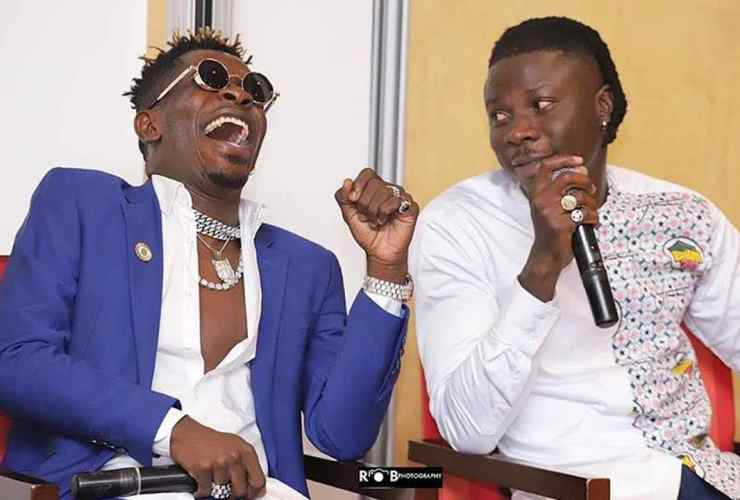 "One Love ~ Stonebwoy reacts To Shatta Wale Jamming to ""Putuu"""