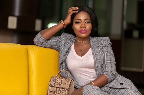 Mzbel shows off her all-grown-up daughter [Video]