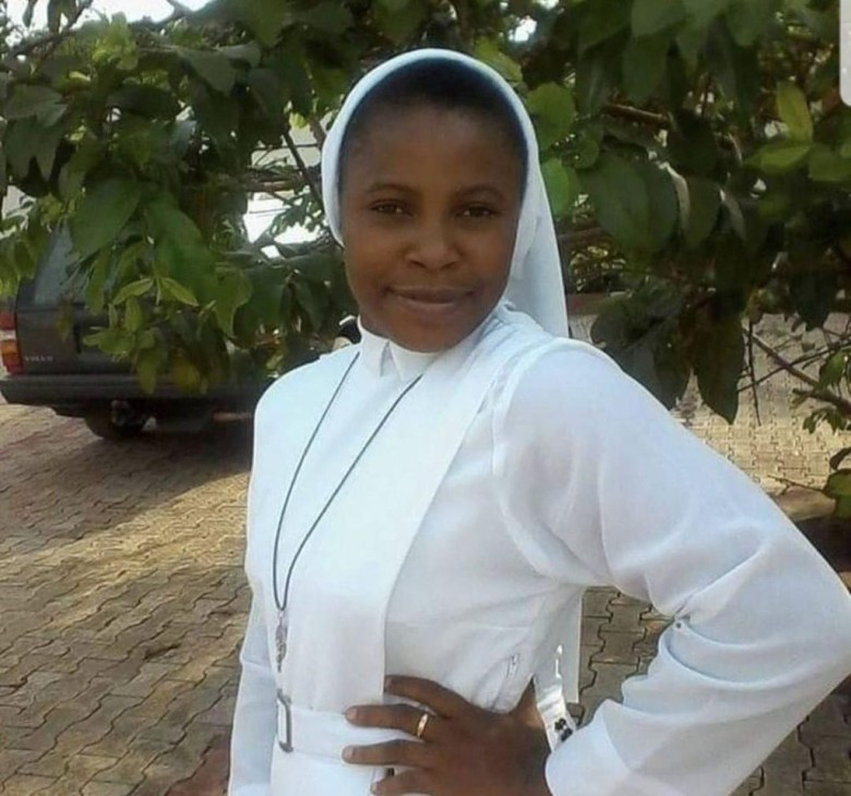 Rev Sister quits chastity, hold expensive traditional wedding