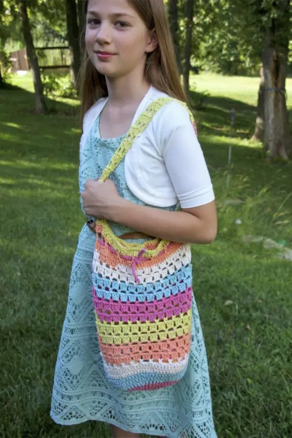 Boho Market Bag free crochet pattern Kid size