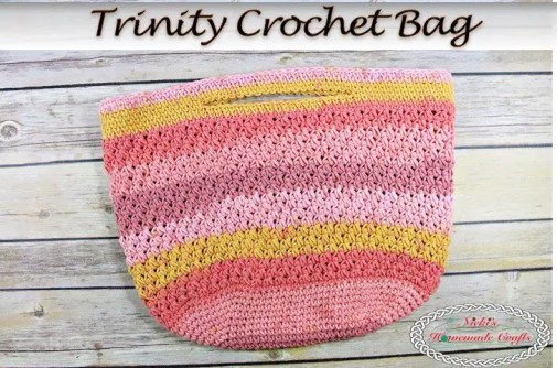 Trinity Crochet Bag with Caron Cotton Cakes part of a pattern roundup at Nana's Crafty Home