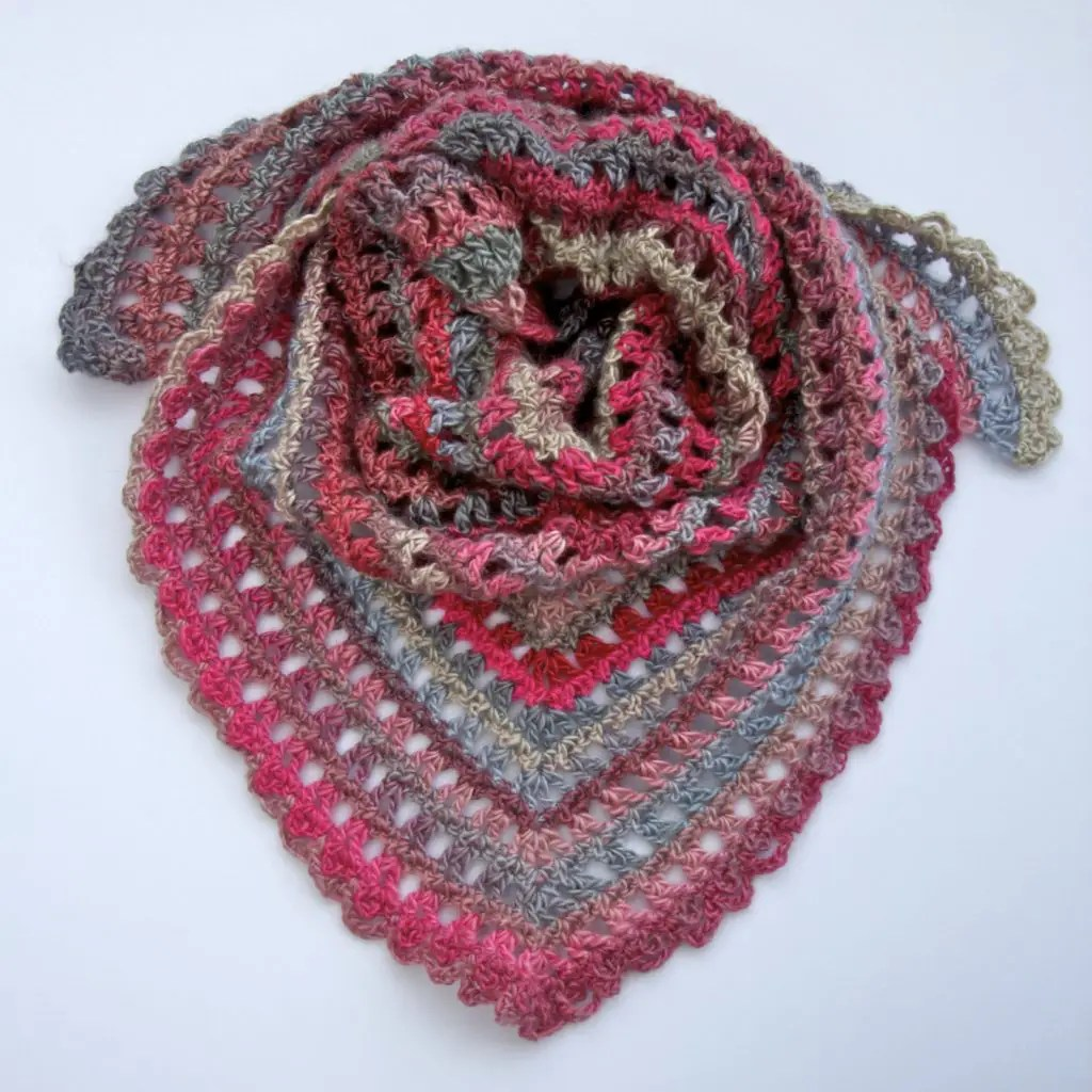 Candy Kisses Triangle Scarf Free Crochet Pattern Complete