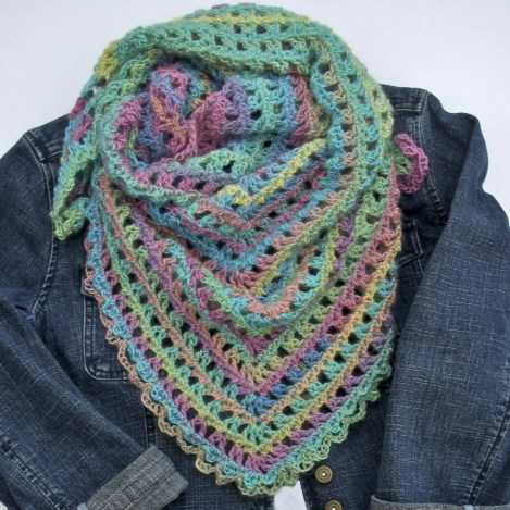 Candy Kisses Triangle Scarf Free Crochet Pattern Red Heart Unforgettable