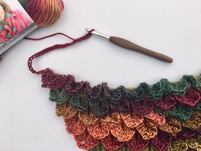 Stained Glass Dragon Scales Bandana Cowl free crochet pattern
