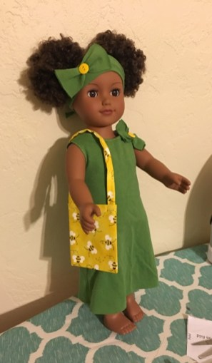 green dress with bow