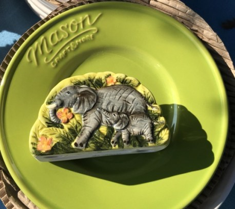 elephant and green plate