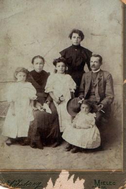 Ingram Family date unknown