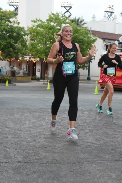 RUNDISNEY_DLRMARAACTION14_20170513_401666790323