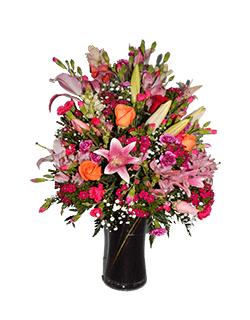 Arreglo floral con flores primaverales