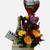 Arreglo floral con de amor con vino y chocolates