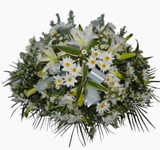 arreglo floral para funeral flores blancas