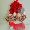 Arreglo frutal de rosas con hortensia