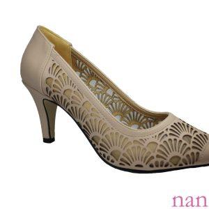 bej çiçek lazerli topuklu ayakkabı / / flower lazer cut in heel shoes