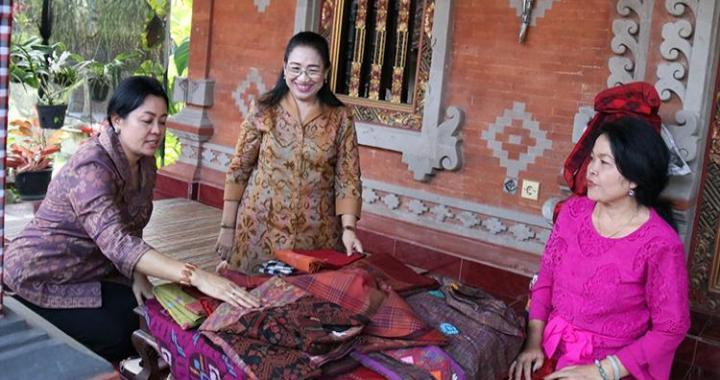 Gairahkan Industri Kerajinan, Dekranasda Bali Turun ke Kabupaten Jembrana