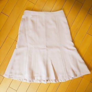 Rcawaii(アールカワイイ)から届いた服。ピンク系のスカート。