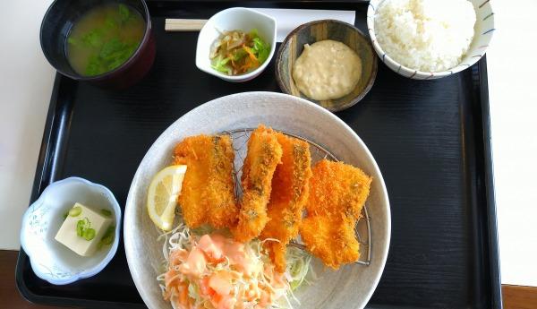 レストラン ファミリー 白身魚フライ定食