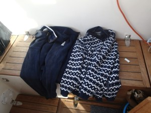 Nytvättade och torkade varma tröjor