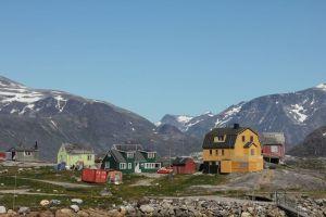 Nanortalik är en liten ö och staden har ca 1300 invånare