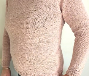 patron tricot pull femme rose clair