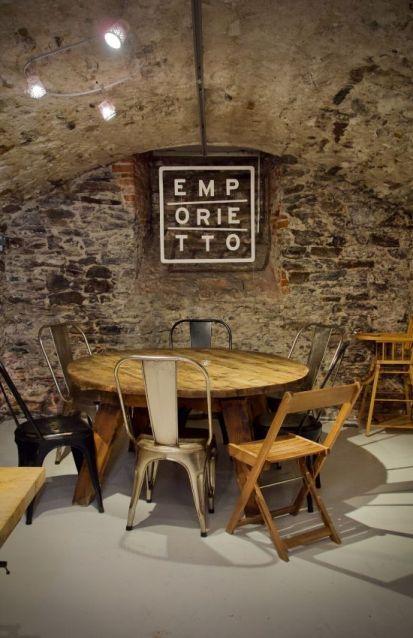 intérieur du restaurant italien emporietto à nantes