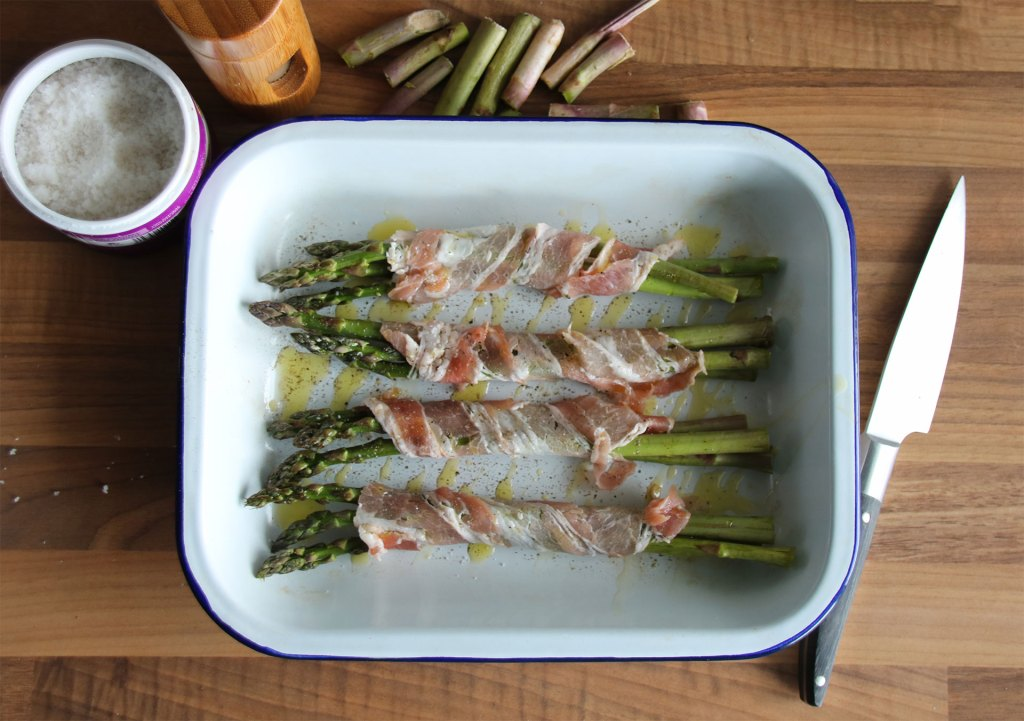 Uncooked Asparagus Wrapped In Bacon