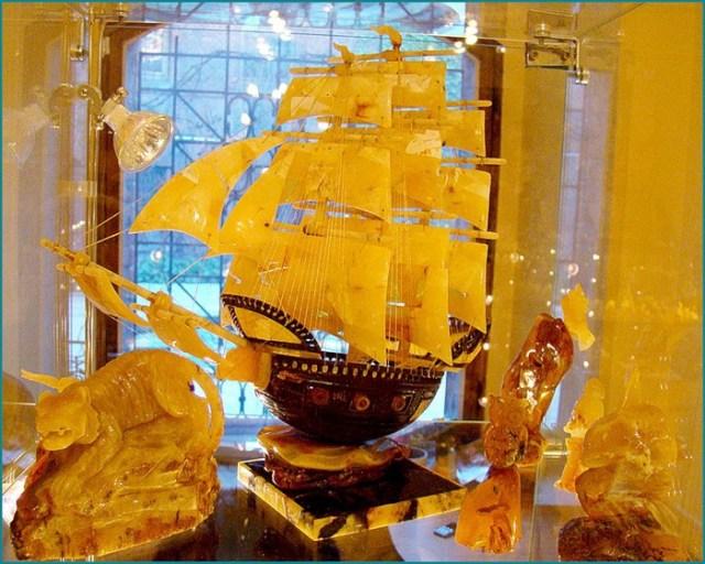 Этот невероятный янтарь! Зайдем в музей в Калининграде