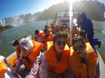 macuco_safari_lancha_parque_nacional_iguacu_foz_do_iguacu_parana_brasil_sol