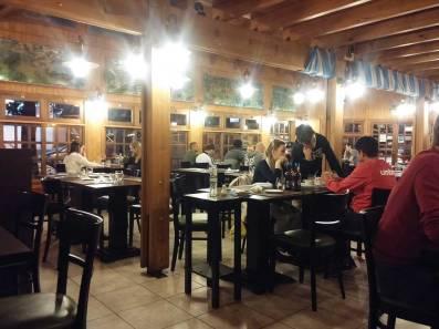 restaurante_aqva_puerto_iguazu_argentina_interior