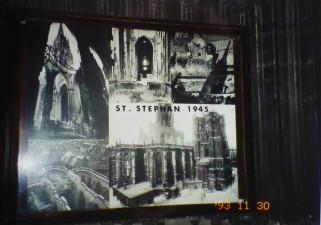 大戦で爆撃を受けたシュテファン大寺院