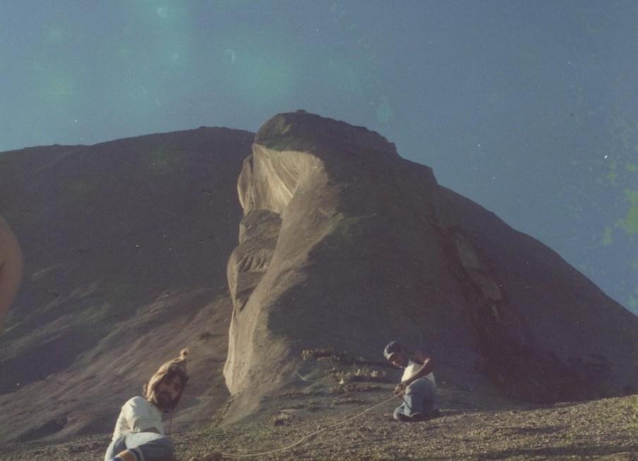 PEDRA AZUL 1979 [01]