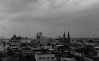 Amanhecer chuvoso em Salta.