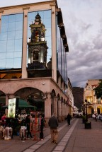Reflexo da Cateral Basílica de Salta.