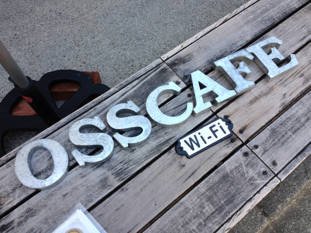 OSS CAFE with Wi-Fi