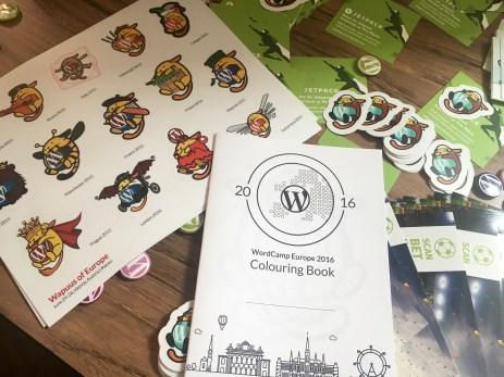 Wapuu stickers & coloring book