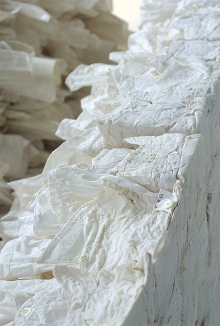 white coffin 2005 (detail3)