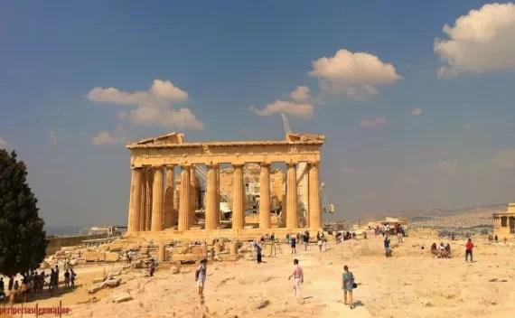 Onde ficar em Atenas? Escolha Plaka!