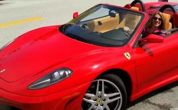 Aluguel de Ferrari em Orlando – Que tal acelerar uma máquina dessas?