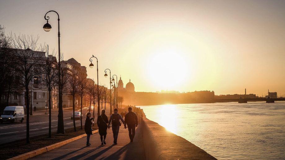 夕日が綺麗な街並み
