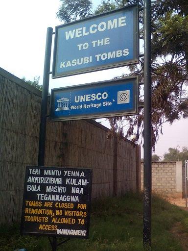 Kasubi tomb signpost