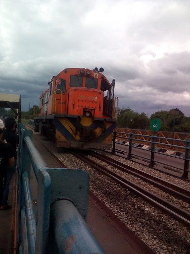 Victoria falls border train