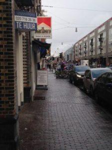 Winkelpand te huur op de Kinkerstraat (Foto:  Doortje Smithuijsen)