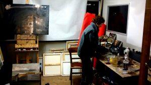 Donnee Festen in haar atelier (Foto: Inger van der Ree)