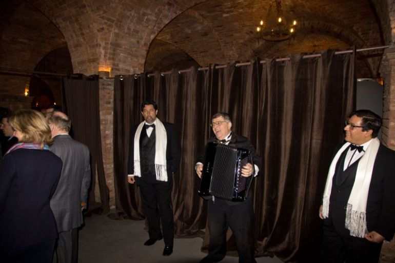 Singers at Il Barone Tasting