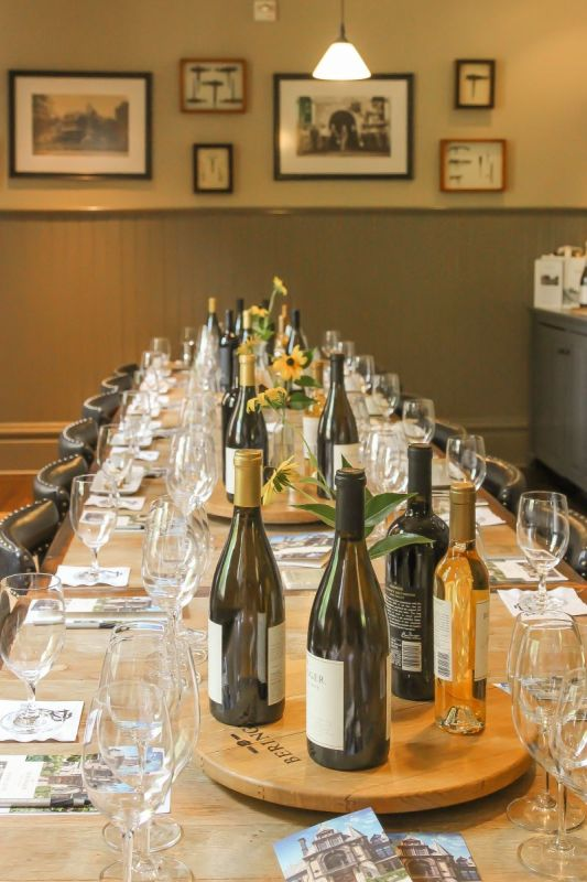Beringer Seated Tasting