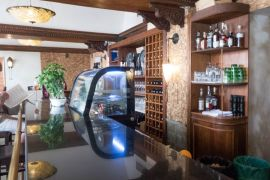 Razonoda Wine Bar – Dubrovnik, Croatia