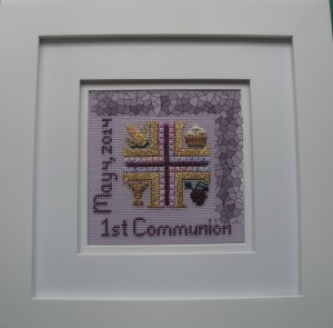 Make a special First Communion gift with this free design